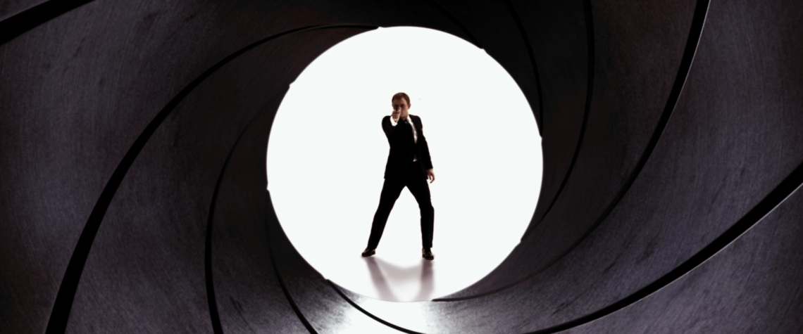Quantum_of_Solace_-_Gun_Barrel